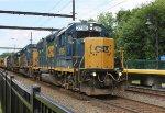 CSX 2795 leads rail train W018.